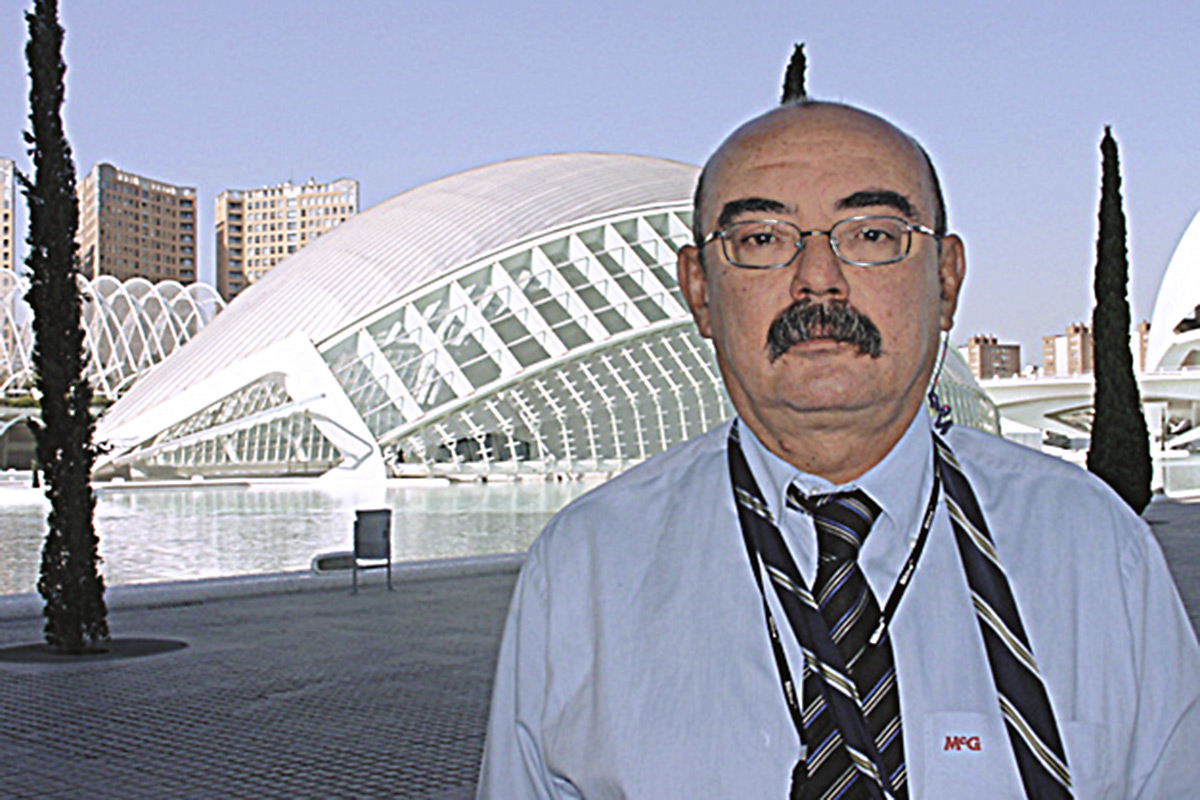 Entrevista a Víctor Reglero