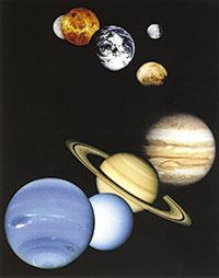 Composició d'imatges planetàries obtingudes per les missions nord-americanes. En sentit horari i de dalt a baix, Mercuri, Venus, la Terra i la seua lluna, Mart, Júpiter, Saturn, Urà i Neptú. Imatge cortesia de NASA/JPL