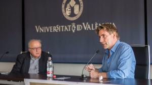 Debate at the Faculty of Mathematical Sciences of the University of Valencia