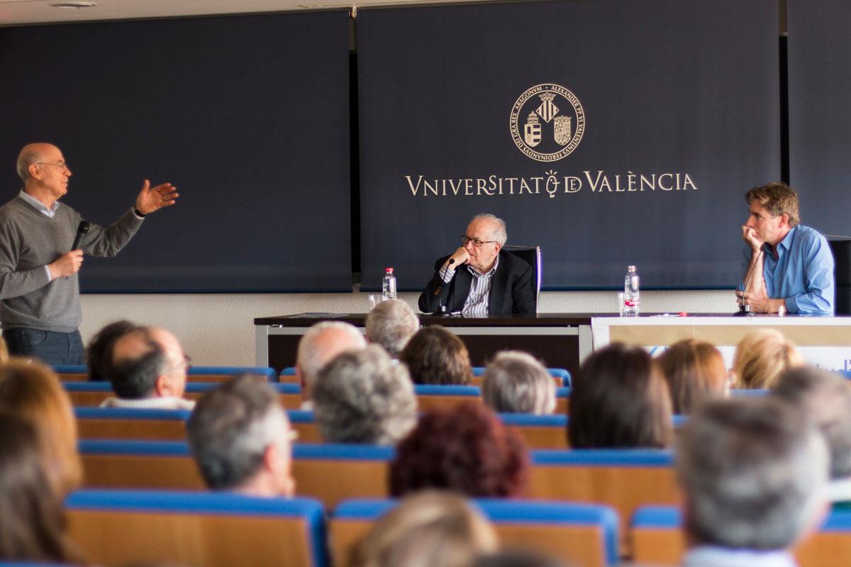 Col·loqui Facultat de Matemàtiques Universitat de València