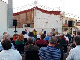 Després de la presentació dels llibres es obrir un viu debat. / Foto: Acció Cultural del País Valencià.