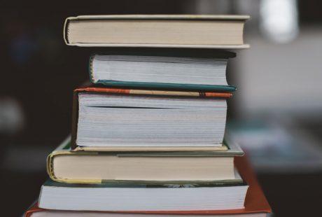 Secció de llibres de la revista Mètode