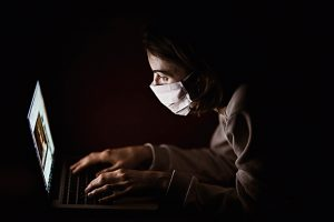 coronavirus notícies falses