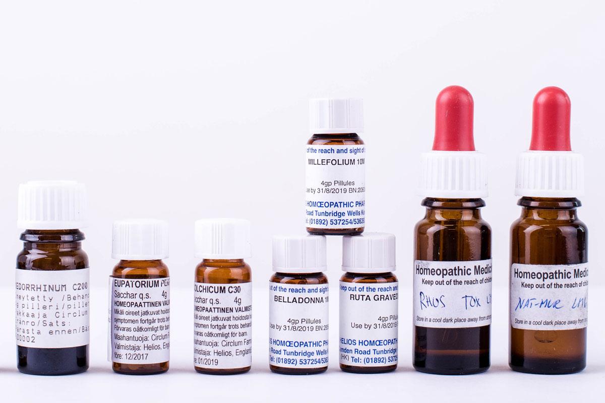 contra les homeopatia
