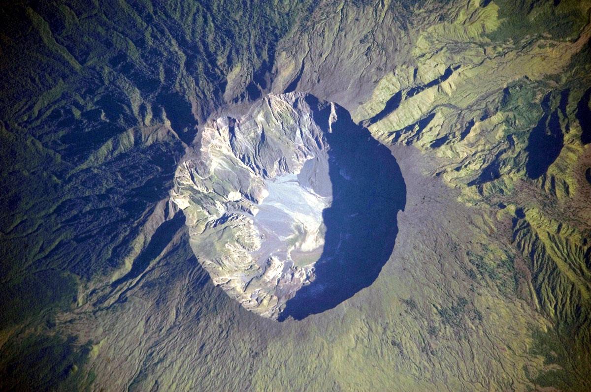 Mont-Tambora-NASA-EARTH-OBSERVATORY.